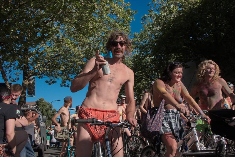 Nude Bike Ride (48).JPG