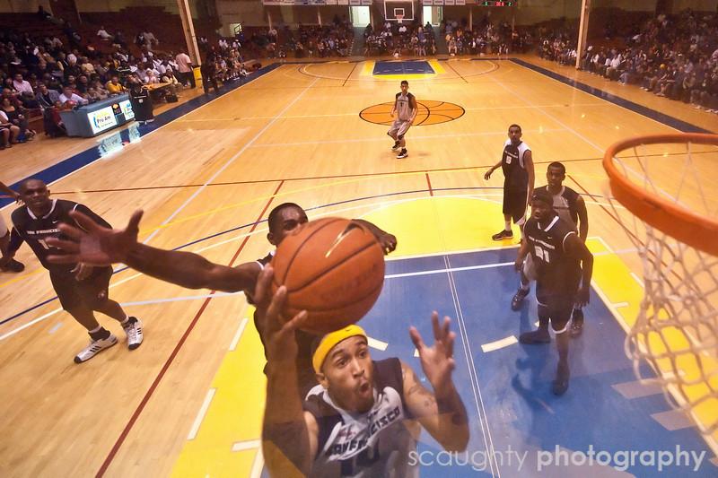 08-12-09_Edited_SF_Summer_League_Roeder_7.jpg