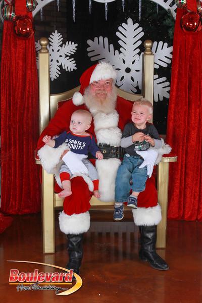 Santa 12-17-16-553.jpg
