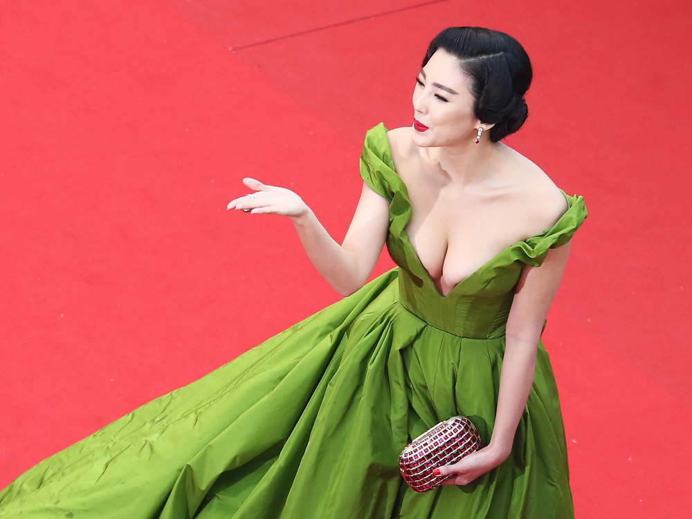 . Zhang Yuqi attends the Opening Ceremony and \'The Great Gatsby\' Premiere during the 66th Annual Cannes Film Festival at the Theatre Lumiere on May 15, 2013 in Cannes, France.  (Photo by Andreas Rentz/Getty Images)