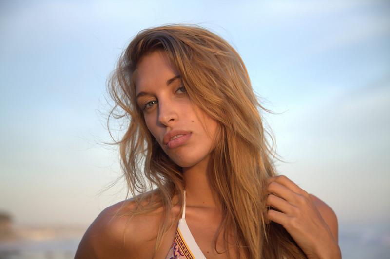 bikini 45surf bikini swimsuit model hot pretty beach surf socal 1139,.klkl.,.,.,..jpg