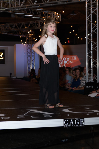 Knoxville Fashion Week Friday-1071.jpg