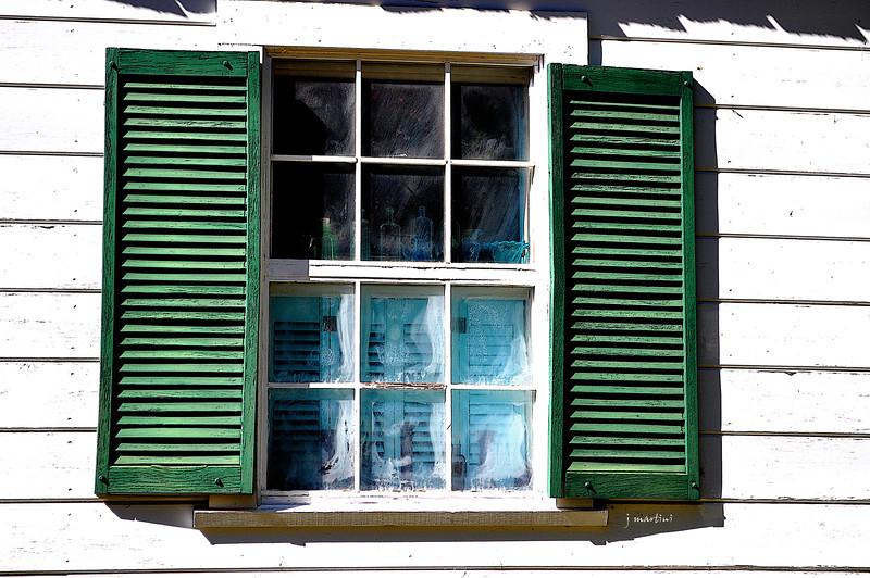 green shutters 10-16-2013.jpg
