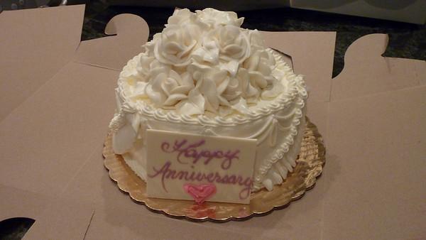 Anniversary CakeTop
