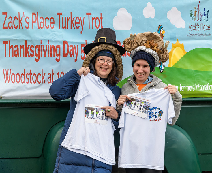2019 Zack's Place Turkey Trot -_8507749.jpg
