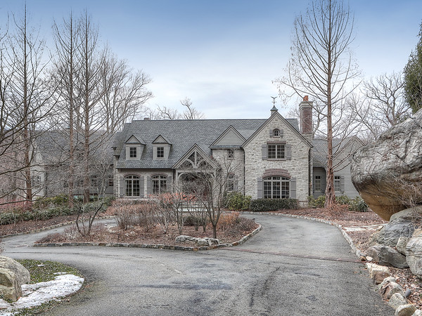 8 Springhouse Road