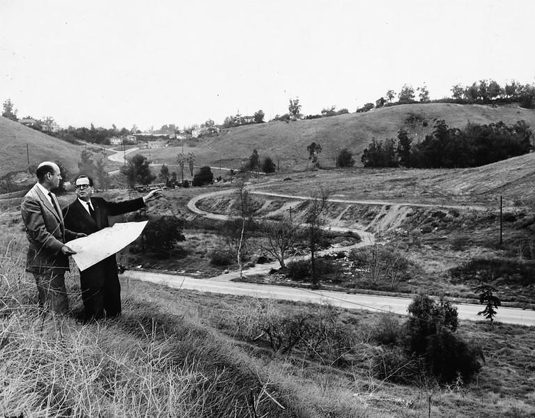 1957, Mayor Norris Poulson