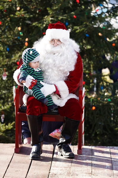 Santa In The Park 20190135.JPG