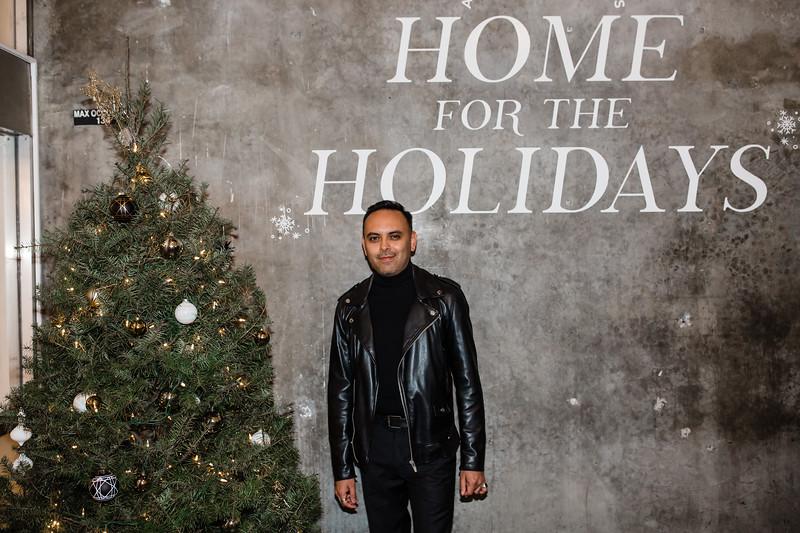2019_12_24_Hollywood_ChristmasEve_8PM_FR-223.jpg