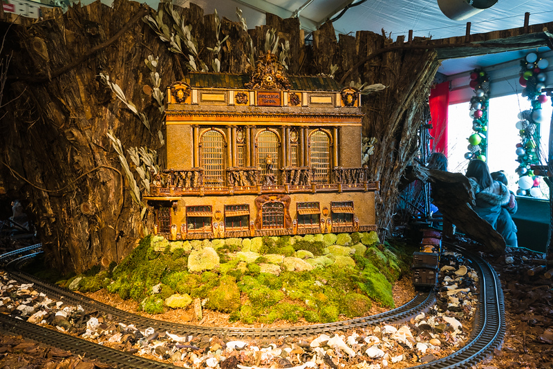 2018 nybg holiday train show-11.jpg