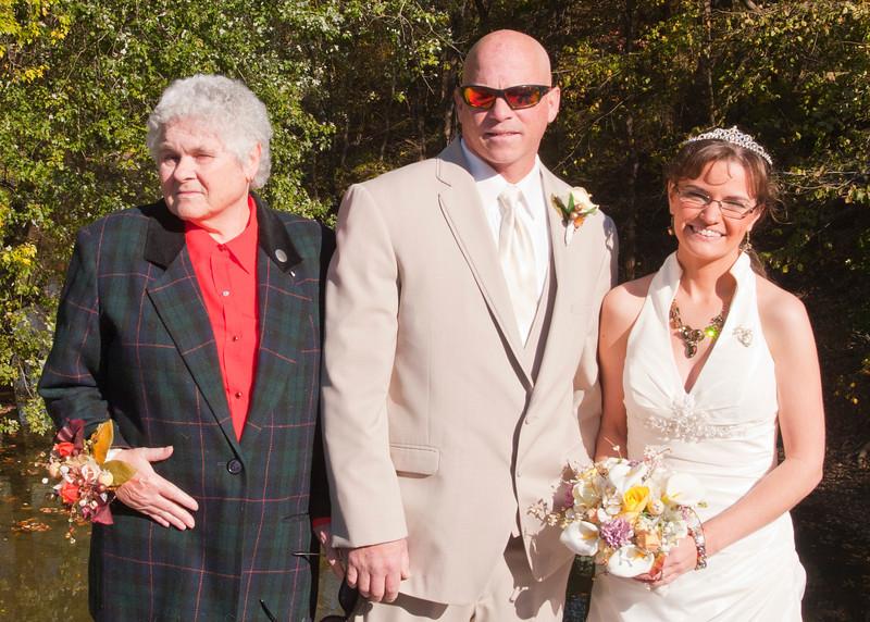 Royer Wedding, Stone Arch Bridge Lewistown, PA img_5895D.jpg