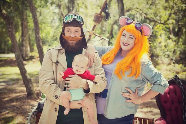 Halloween Minis 2019: The Hendersons!