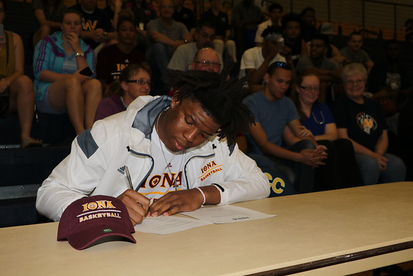 Tyrell WIlliams  Signing
