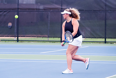 Livie - Tennis