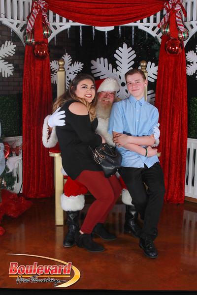 Santa 12-17-16-48.jpg