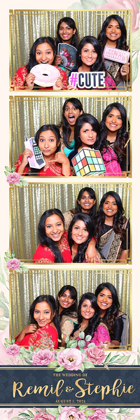 Alsolutely Fabulous Photo Booth 020332.jpg