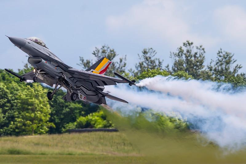 FA-123-F-16AMFightingFalcon-BelgiumAirForce-SKS-EKSP-2016-06-18-_A7X5137-DanishAviationPhoto.jpg