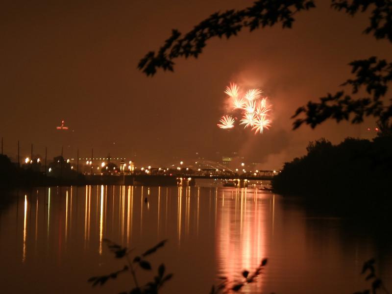 fireworks_02_07042007.jpg