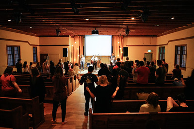 04/12/19 College Worship Night