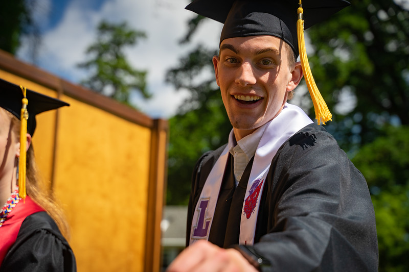 1905_26_graduation_pickhardt-05249.jpg