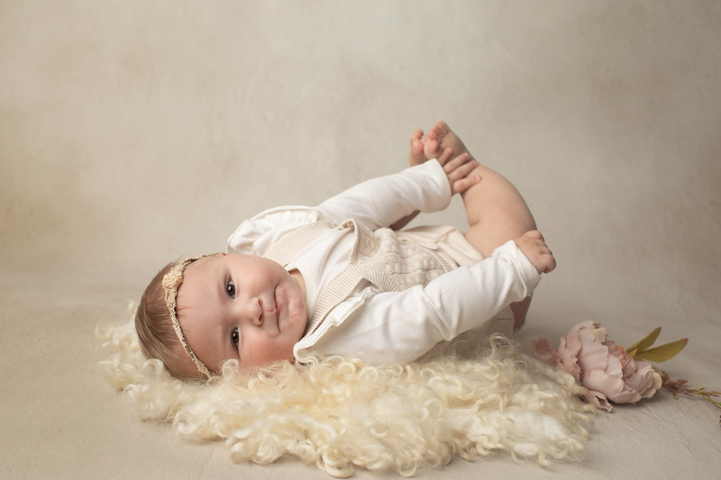 Talia's 6 month session-16.jpg