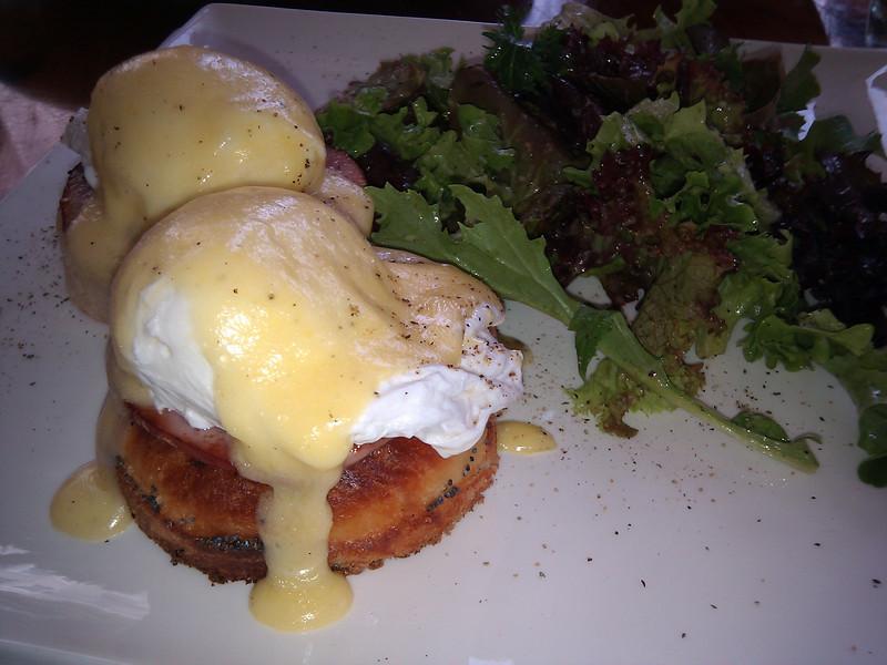 Chouquet's - Eggs Benedict