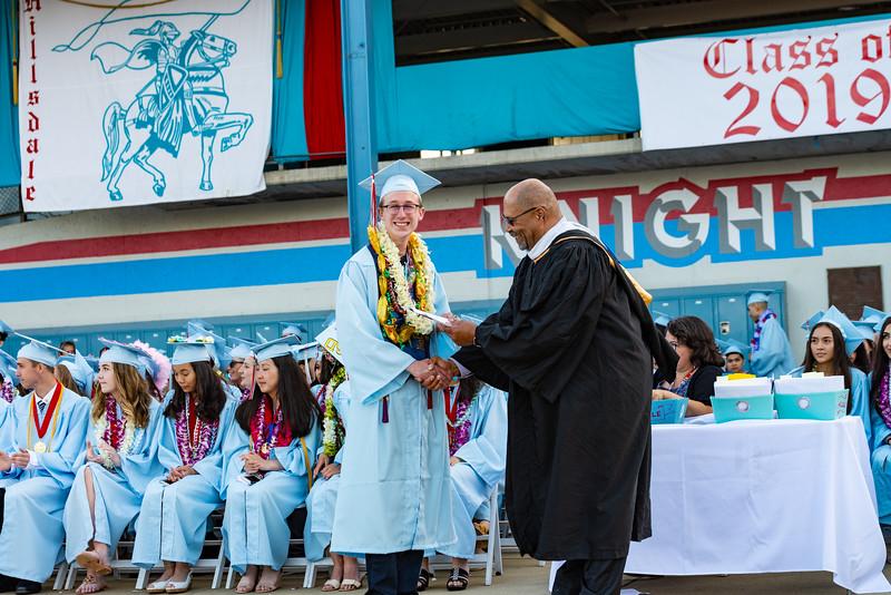 Hillsdale Graduation 2019-10438.jpg