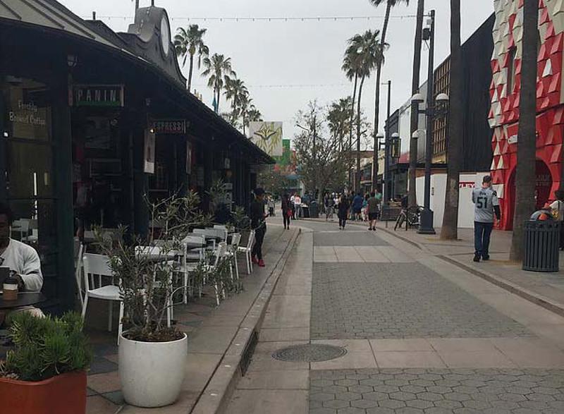 Santa Monica-Melissa-11.jpg