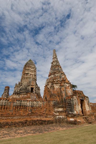 Wat Chaiwatthanaram 8 - Ayutthaya, Thailand.jpg