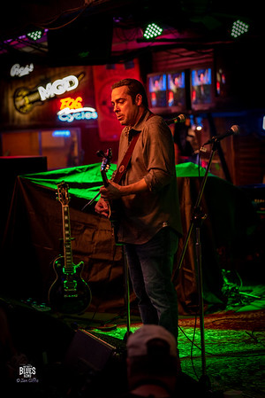 Albert Castiglia at Infinity Blues KCMO 190914