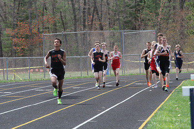 Boy's 3200 Meter Run - 2013 Brethren Invite