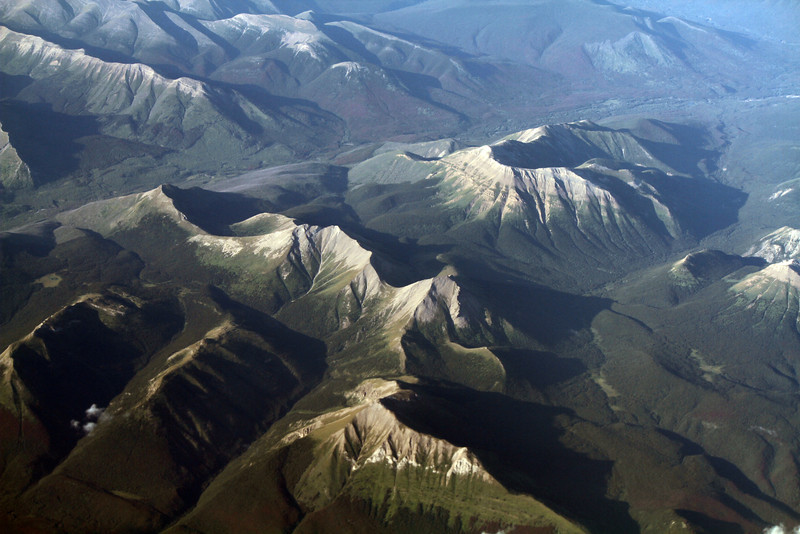 albertamountains.jpg
