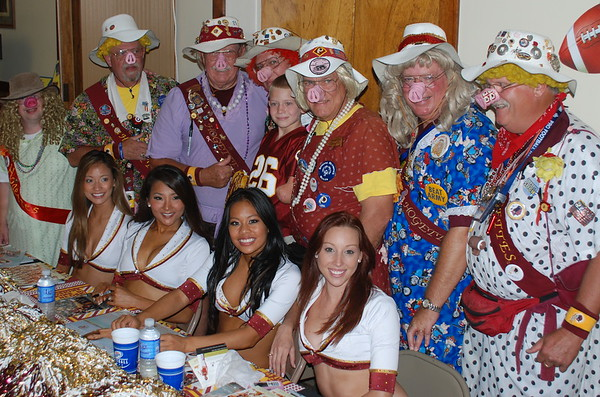 10/5/2008 Spiggy and Friends Watch the Redskins Beat the Eagles