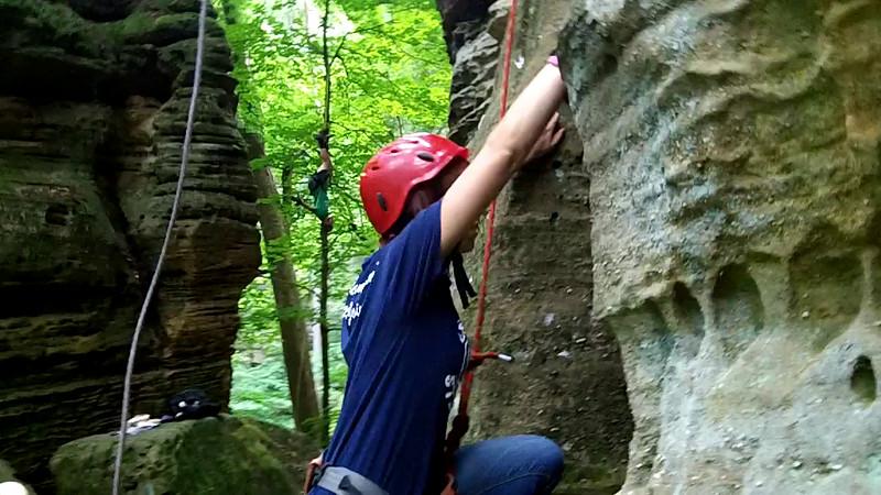 101_0863 Mary climb and rpl.MP4