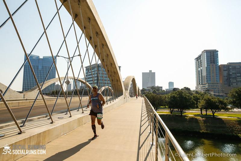 Fort Worth-Social Running_917-0107.jpg
