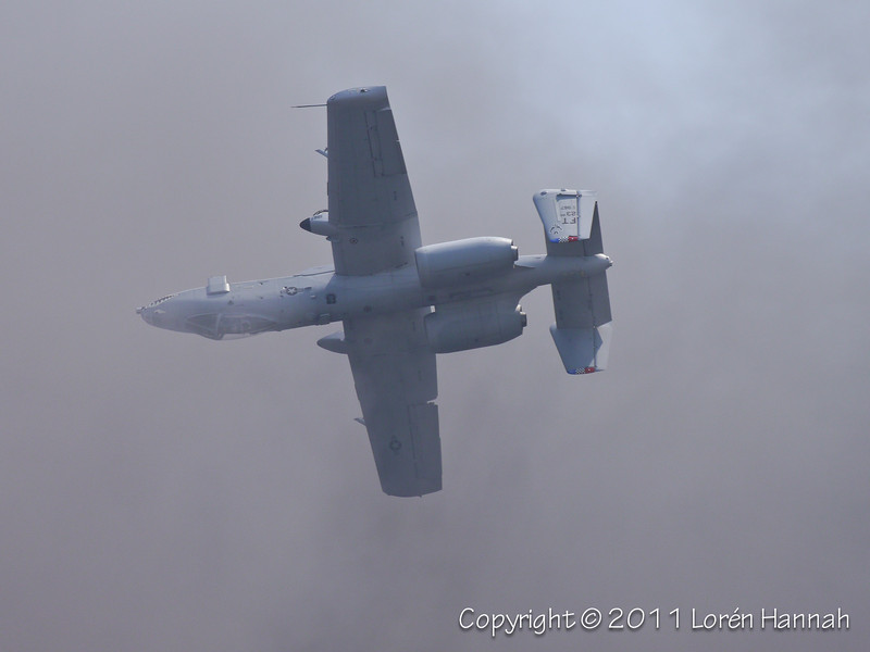 Fairchild Republic A-10 Thunderbolt II (Smoke from the Pyro Demo)
