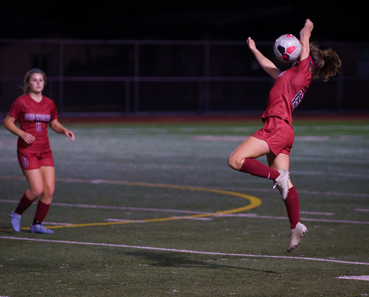 2019-10-01 Varsity Girls vs Snohomish 086.jpg