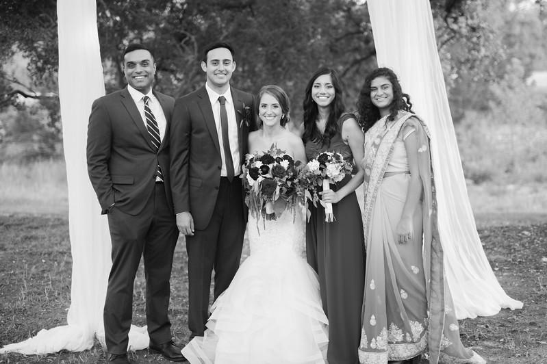 Alexa + Ro Family Portraits-77.jpg