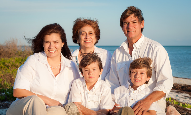 Family_portrait_dunes_1_DSC_2085_edited-1