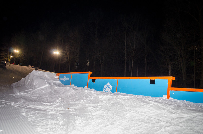 Nighttime-Rail-Jam_Snow-Trails-98.jpg