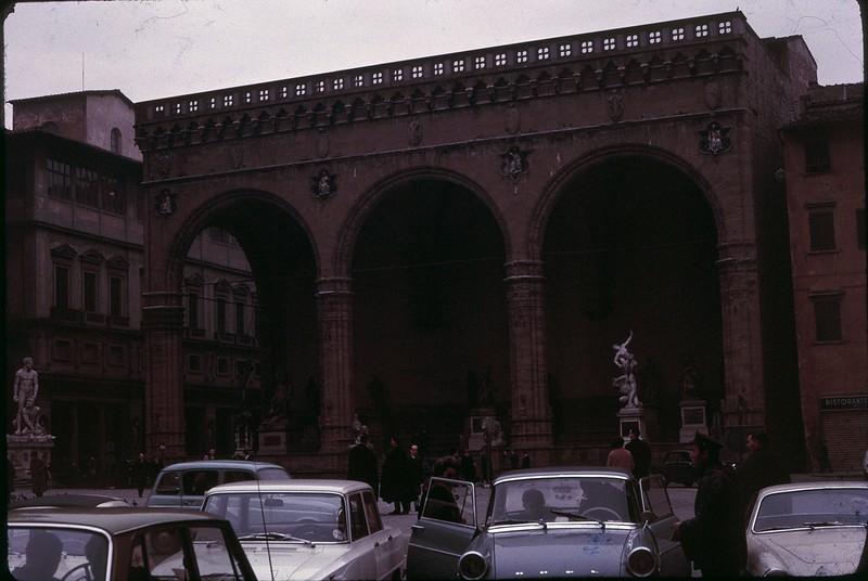 1965 02 Italy Florence 2.jpg