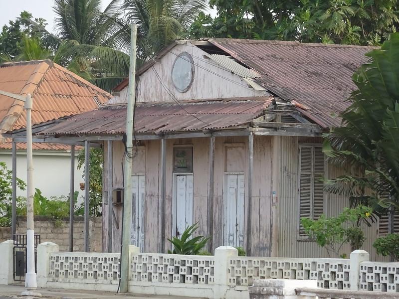 027_Sao Tome Island. Colonial Building.JPG