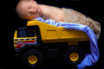 Tonka infant