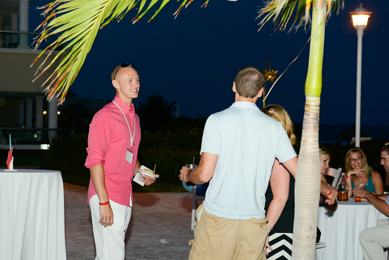 Cancun-20120915-2135--2097283447-O.jpg