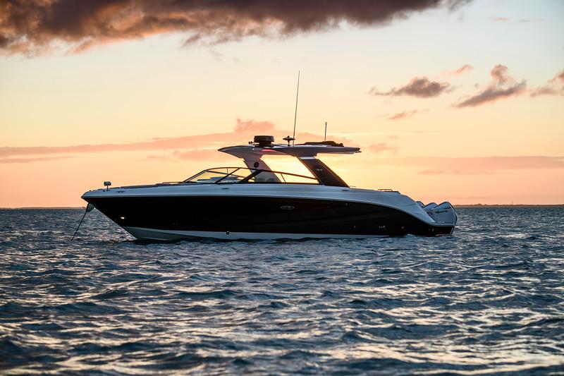 2021-SLX-R-400-e-Outboard-profile-10.jpg