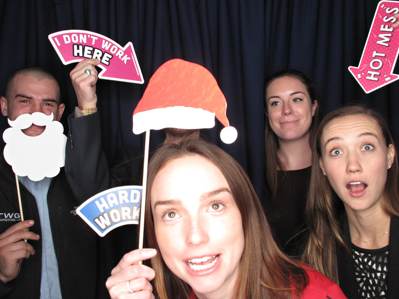 Freezeframez_Photo_Booths_007.jpg