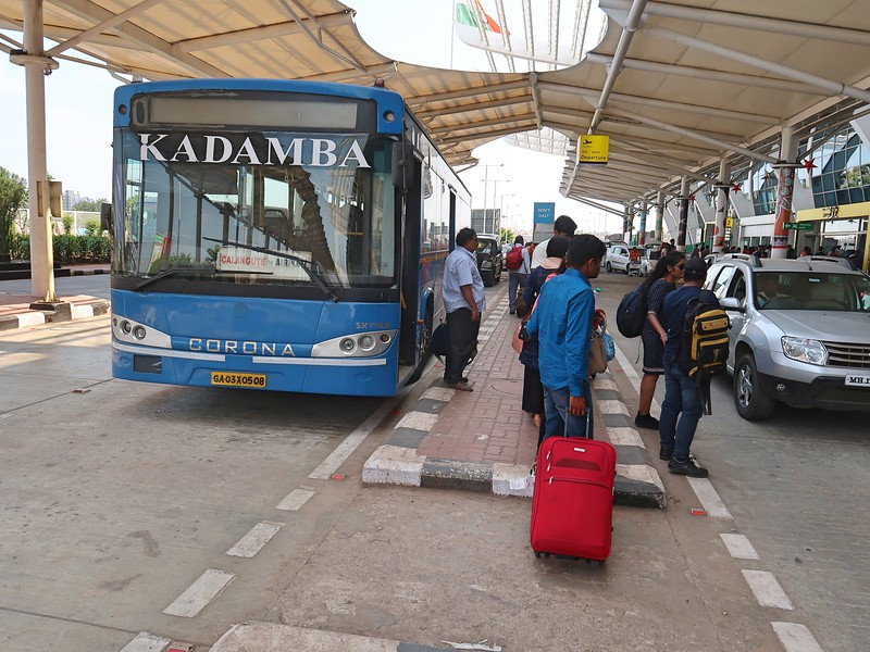 IMG_8428-calangute-bus.jpg