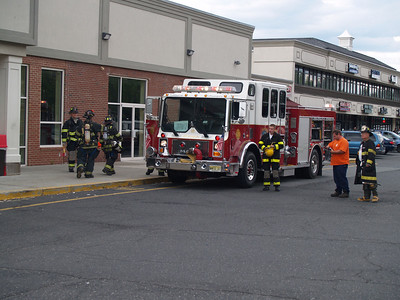 07-13-09 New Milford, NJ - Reported Smoke Inside CVS South
