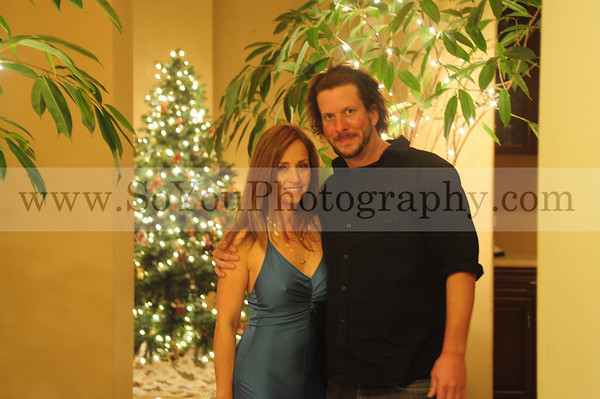 2009-12-18, Marlena's Holiday Party, two photographers, see entire file to see all your pictures