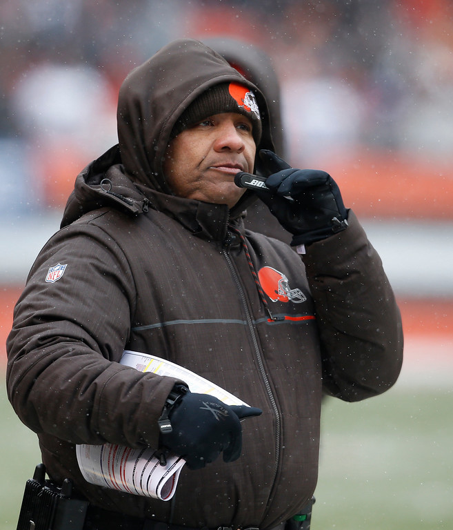 . Cleveland Browns head coach Hue Jackson watches in the first half of an NFL football game against the Cincinnati Bengals, Sunday, Dec. 11, 2016, in Cleveland. (AP Photo/Ron Schwane)